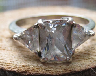 Vintage Sterling Silver Princess Cut and Triangle Cubic Zirconium Ring Size 7 Engagement Style Ring