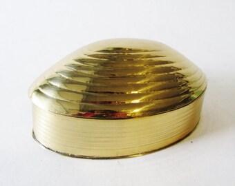 Vintage Brass Clam Shell Trinket Box or Jewelry Holder, Coastal Decor, Brass Decor, Hollywood Regency