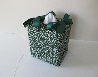 Tissue Box Cover/ Foliage Scroll/唐草模様/White On Dark Green