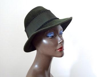 Vintage Austrian Hat - loden green felted fedora from Vienna - vintage trachten
