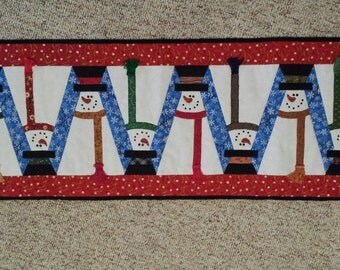 Topsy Snowmen Table Runner (pattern by Happy Hollow Designs)