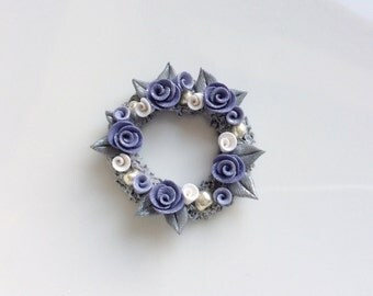 Miniature dollhouse contemporary Christmas wreath in lilac and grey handmade from polymer clay