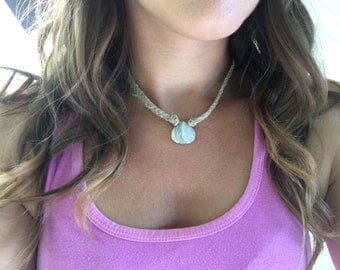 Agate Clamshell Hemp Necklace