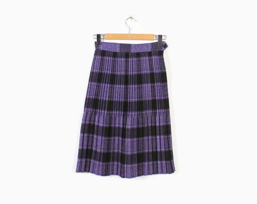 Vintage 50s PLEATED SKIRT / 1950s Purple & Black Plaid Wool Skirt XS - S