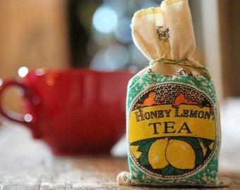 Vintage Fortunes International Teas / Honey Lemon Tea / 8 Bags in Storage Satchel / Country Decor Photo Prop