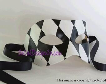 Mens Masquerade Mask - Black - White - Leather Mask - Halloween Mask - Masquerade Mask - Leather Masks – Venetian Mask – Black Leather Mask