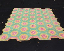 Vintage Hand Quilted Handmade Quilt Flower Hexagon Grandmothers Garden Quilt Green Pink Yellow Farmhouse Cottage Chic Rustic (32)