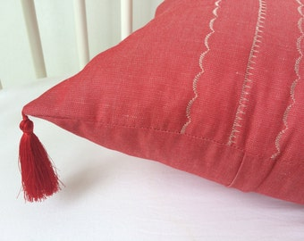Flax linen Pillow Cover with tassels, Decorative Pillows, Accent Pillow, Throw Pillow, Cover, oriental red pillow