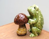 Frog and Mushroom Toad and Toadstool Vintage Salt and Pepper Shakers