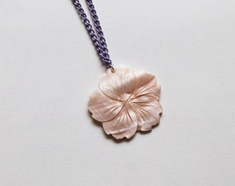 pink mother of pearl bloom -necklace (peach pink mother of pearl bloom on a lilac chain)