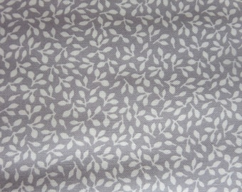8.99 A Yard Sweetwater -  Treehouse Club Novelty Leaves Grey - 5636 25