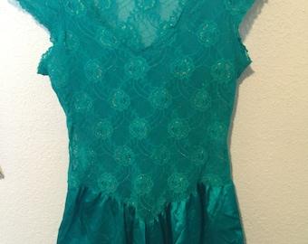 lace& satin baby doll cine star top lingerie/short slv mesh medium flared skirt emerald green