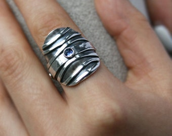 Saddle Ring Sterling Silver Organic Wave Pattern Tanzanite Accent Gemstone