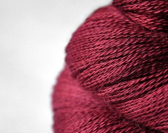 Poisoned blood - BabyAlpaca/Silk Lace Yarn