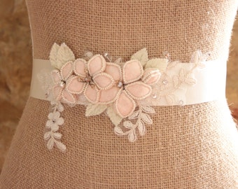 Vintage Bridal Belt, Wedding Sash, Wedding Belt, Vintage Flower Sash, Flower Wedding Belt, Vintage Style Sash