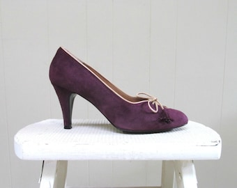 Vintage 1970s Shoes / 70s Plum Suede Pumps / Size 7 1/2 US