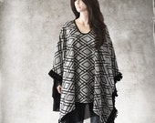 Cape black geometric/Chiffon pull over set/Poncho dressy/Cover up women