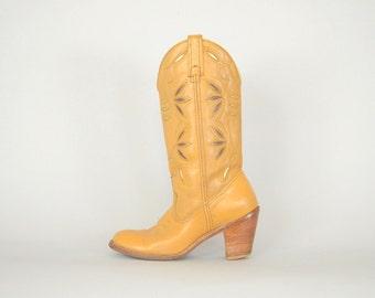 70's DINGO Cowboy Boots