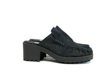 Vintage 1990's Soho Cobbler Leather Chunky Wedge Slip On Shoes Women's Size 9 Summer/Spring Retro Hipster Platform Slip Ons Black