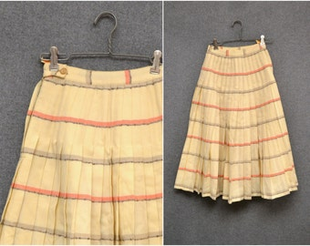 1950s Cream Pendleton Turnabout Reversible Wool Pleated Skirt