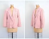 CLEARANCE SALE // vintage 70s pastel Ultrasuede ladies blazer - 1970s pink jacket / Powder Pink - vegan suede blazer / 70s . 80s blazer