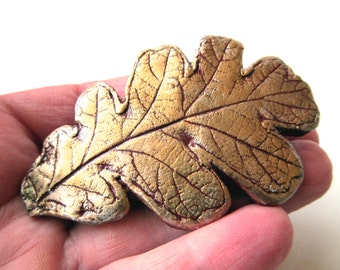Barrette Oak Leaf Impression in Clay in Gold on Burgundy Colors on Medium French Clip Nature Accessories