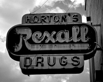 Vintage Signs, 1940s, Rexall Drugs, Black and White Photos, Pharmacy Signs, Athens, Georgia, Pharmacist Gifts