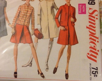 """vintage Simplicity 7809 Stand Collar Coat in Two Lengths and Dress Sewing Pattern 32"""" Bust"""