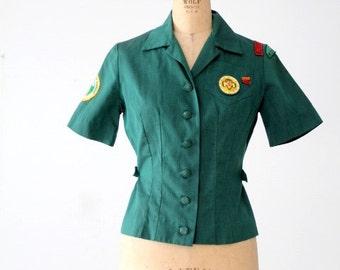 vintage 60s Girl Scout uniform blouse, green camp shirt