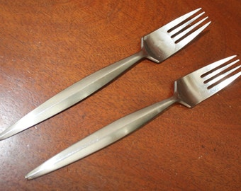 """Modern Danish Style Forks with """"s"""" marked on the back 18 10 Vintage Silverware Stainless Flatware BIN 37"""