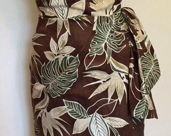 Vintage 1950s inspired Hawaiian sarong halter wiggle dress in brown bird of paradise print S VLV rockabilly Viva