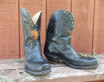 Amazing 1940s vintage pee wee Cowboy Boots with tooled Longhorn inlay