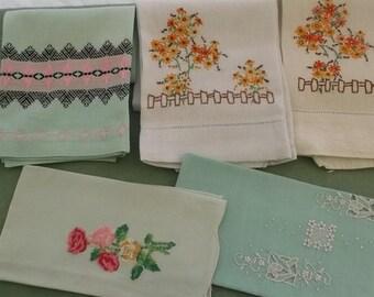 Vintage Towels 5 Piece Assortment in Mint Green, Guest Towels, Fingertip Towels, Tea Towels