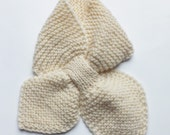 Knitted wool baby scarf, key hole scarf heart, 2T-3T months