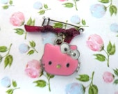 pink kitty brooch