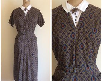 1950s Novelty Print Cotton Wiggle Dress 50s