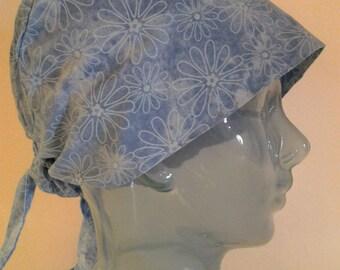 Denim blue daisies Cap