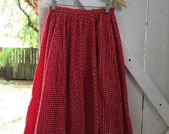 Sweet 1950s vintage red polka dot pleated swing skirt s/m