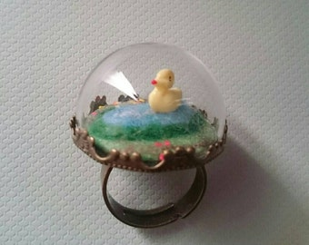 Little Puddle Duck Pond Glass Globe Ring.  Glass Dome Ring.  Duck Ring.  Novelty Ring.  Statement Ring.