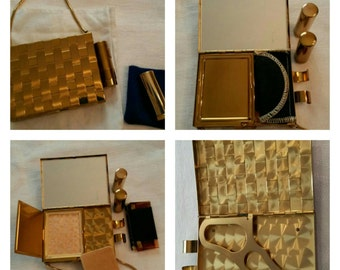 Gold Basket Weave Carry All Compact Purse circa 1950's  DR