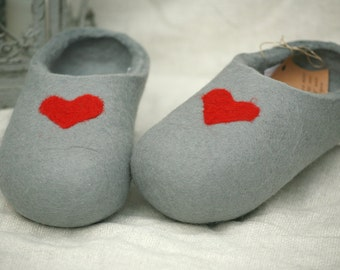 White felt slippers with grey decors, handmade wool slippers