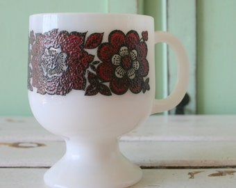 Vintage RETRO Coffee Mug...retro mugs. set. espresso. kitschy. milk glass. mod. retro kitchen. 1960s. 1970s. drink. swirl. funky. atomic
