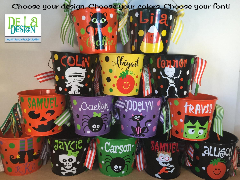 Personalized halloween trick or treat metal bucket 5 quart