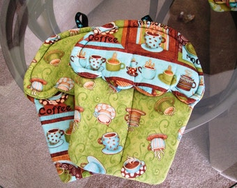 Handmade Cupcake Potholder with brown and blue colors coffee cups and coffee themed cute oven mitts for gifts and kitchen material