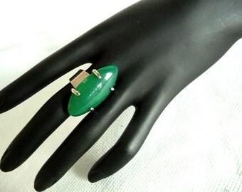 Boho Ring, Agate ring, Green ring, Deep green ring, long ring, long agate ring, Gemstone ring, adjustable ring, big ring, big gemstone ring,
