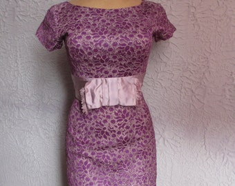 50's Vintage Violet Lace Silk Wiggle Dress small