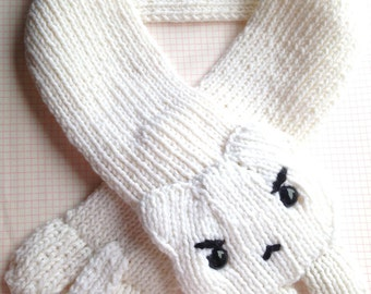 Cute Angry Kitty Cat Knit Animal Scarf