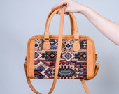 1980s vintage purse / vintage tapestry bag / World Traveler