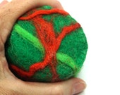 Felted Soap Wool Wrapped Hot Process Soap Christmas Green and Red Round Novelty Bar Soap for Children Wash Cloth and Soap in One
