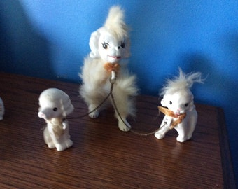 3 Poodle dogs chained together vintage 1960 white porcelain with white fur
